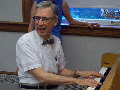 Fred Rogers Of Mister Rogers Neighborhood Lives On At Pittsburgh Seminary